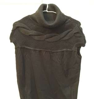 黑色麻花包袖毛衣