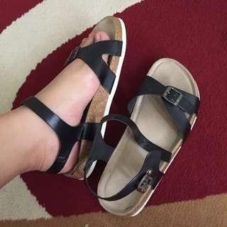 Vincci Sandals Original (size 39)