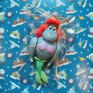 🚚 東京迪士尼 神燈精靈 阿拉丁 美人魚 變裝 公仔 吊飾