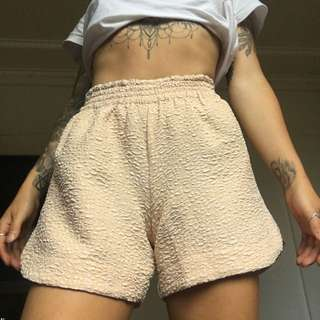 Seed size 6 patterned shorts