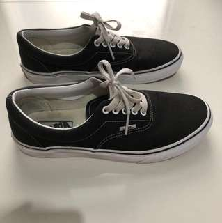 vans era back/white size us8 original!