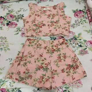 Pinky flowers set size Fit to S