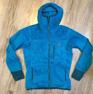 100% new Patagonia Men R3 Hoody size S with tag