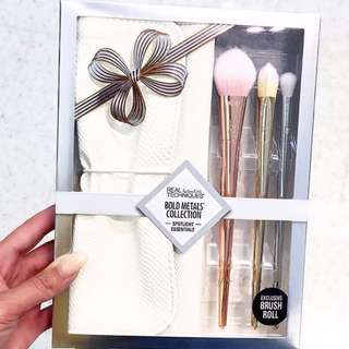 Real Techniques by Samantha Chapman, Bold Metals Collection, Spotlight Essentials, 4 Piece Set BRAND NEW & AUTHENTIC (NO OFFERS)