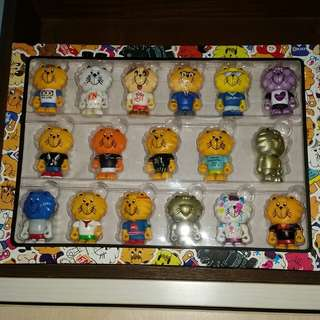 Singa limited  edition  project set of 17 lions. Rare
