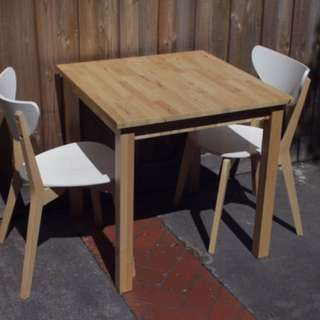 Dining table x1 and chairs x2
