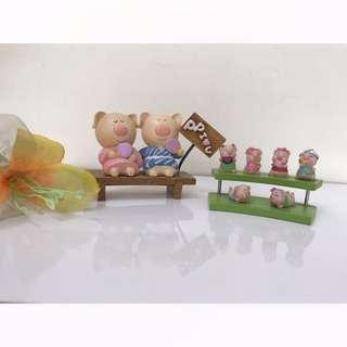 pajangan pig family