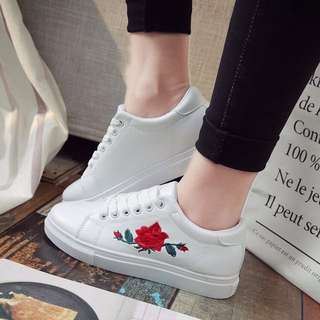 PO | Embroidered Rose Shoes