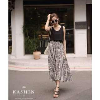 轉賣 kashin 正韓製 koreaㄑ字波紋條拉鏈幾何鋸齒箭頭滑布長裙