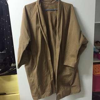🚚 Pazzo駝色大衣(薄)