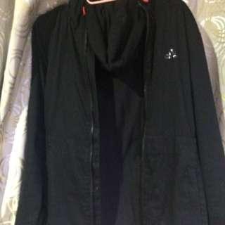 愛迪達adidas 黑色外套 連帽 歐美 黑色