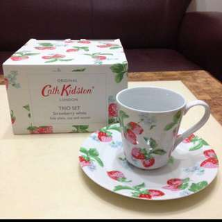 Cath Kidston 草莓杯盤