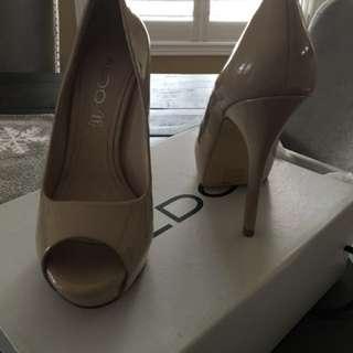 Patent Leather Nude Aldo Platform Shoes