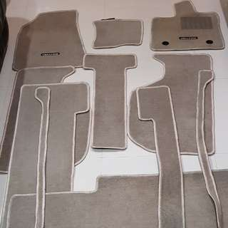 2005-2014 Original Toyota Vellfire Car Mat / Floormat