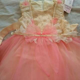 Dress still with tag and never used