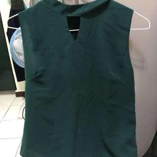 綠色露肩上衣
