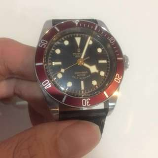 Tudor burgundy (cheapest here in carousell) 79022r eta 41mm no more in production