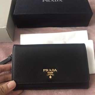 100% Authentic Brand New Prada Saffiano Leather Purse Wallet Wristlet 1M1438