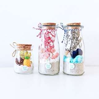 Preserved flowers in bottle: Tiny & Petite series