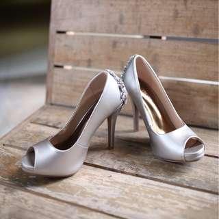 OCCASION PEEP TOE PLATFORM HEELS WITH JEWELLED DETAIL AT BACK sliver wedding shoes