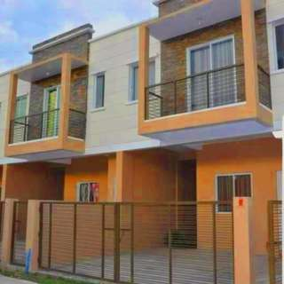 Townhouse in Don Antonio Heights Commonwealth ave QC