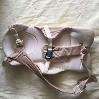 Combi ninna nanna baby carrier japan
