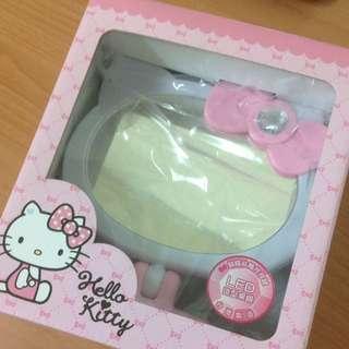 🚚 Hello Kitty LED造型桌鏡