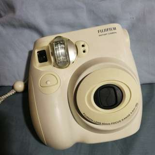 Fujifilm Instax Mini 7S (FOR RENT)