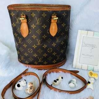 Louis Vuitton Petite Bucket
