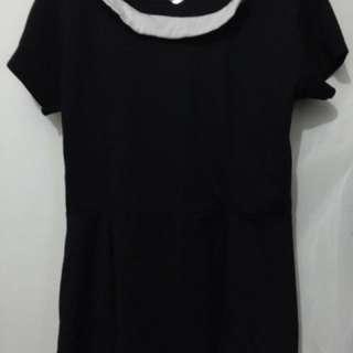 Preloved kaos peplum black merk details/atasan wanita