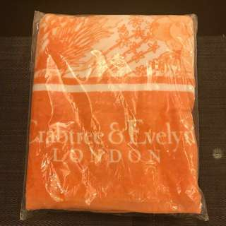 Crabtree & Evelyn Bath Towel (Orange)