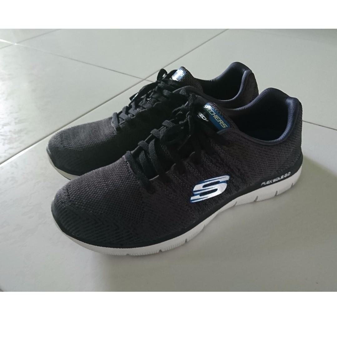 50% OFF Skechers Air cooled Memory Foam running shoes (Black ... 5de57ccf5