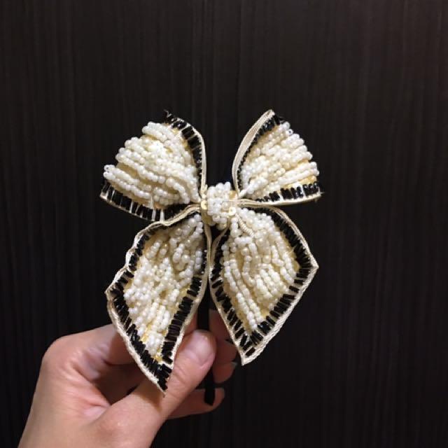 手工縫製的大蝴蝶髮圈
