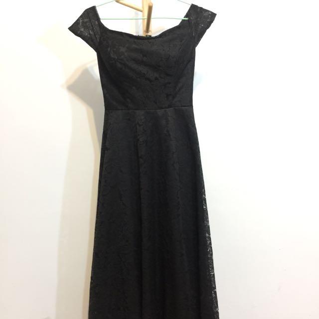 黑色蕾絲長禮服