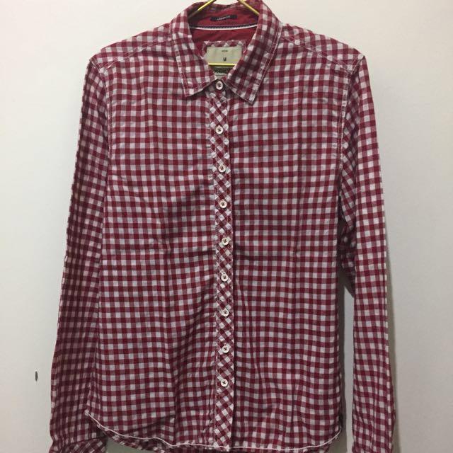 Baju Urban Fit Red Flannel