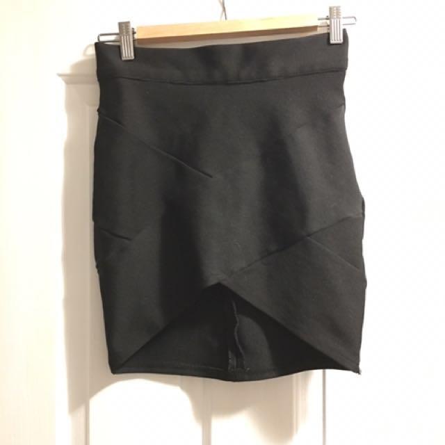 """""""Blossom"""" Black Skirt size 10"""