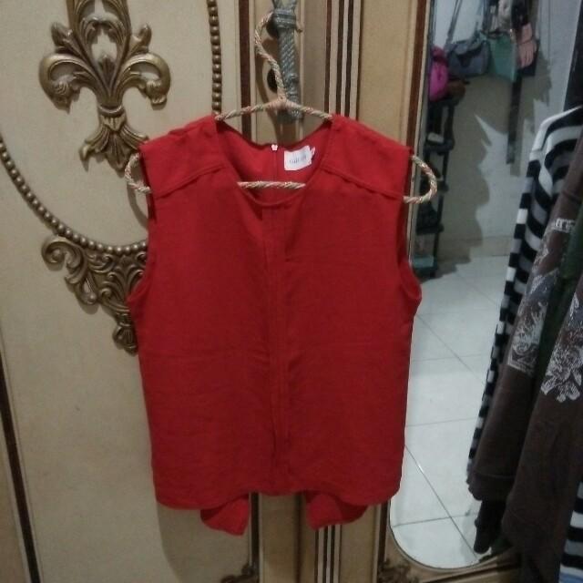 Blouse merah gaudi