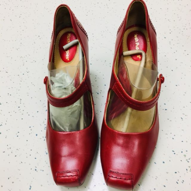 Bnwot red leather hush puppies