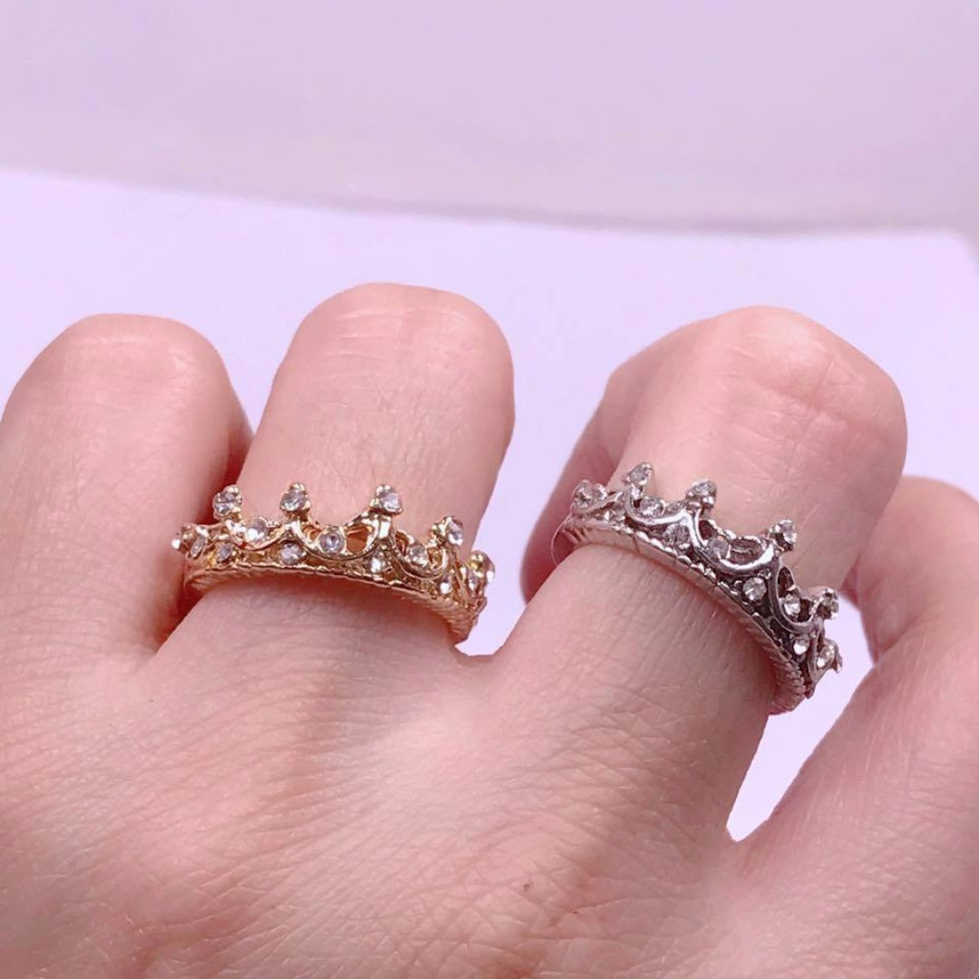 Crown Ring, Women\'s Fashion, Jewelry on Carousell
