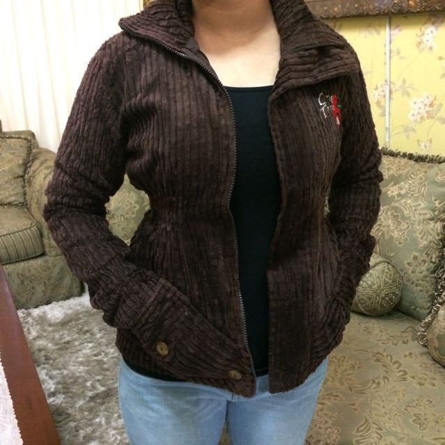 Dark Brown Jacket Winter Fur ( Jaket Musim Dingin Coklat Tua Bulu)