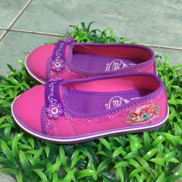 Sepatu Sandal Anak Disney - Beli Harga Murah e9adf1a426
