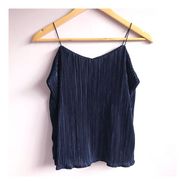 Electric pleats spaghetti strap halter top