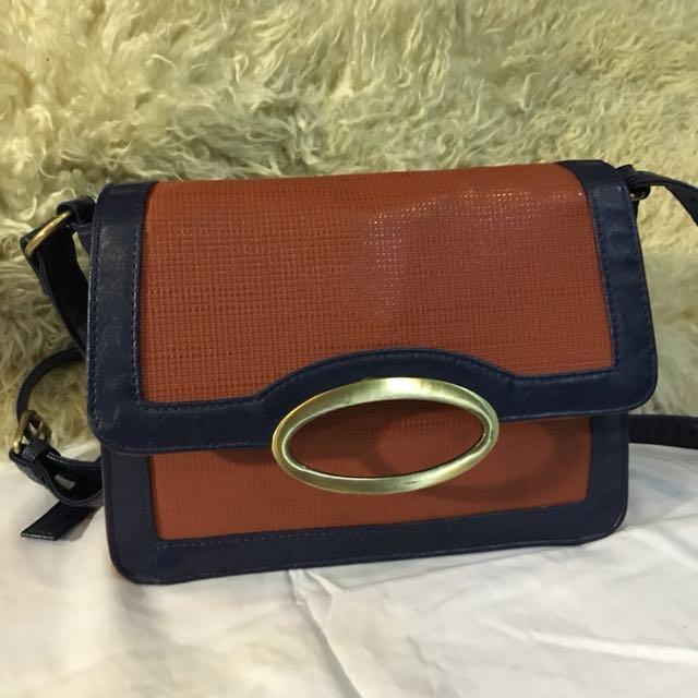 Elegant pre loved bag from japan