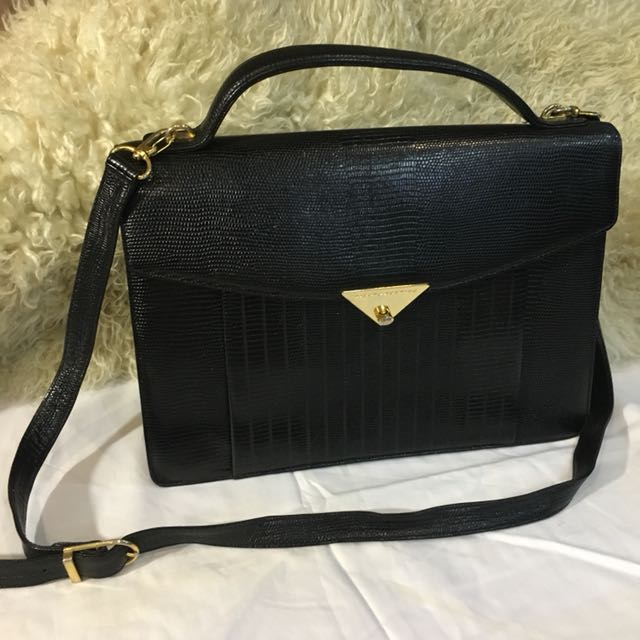 Elegant pure leather pre loved bag from japan