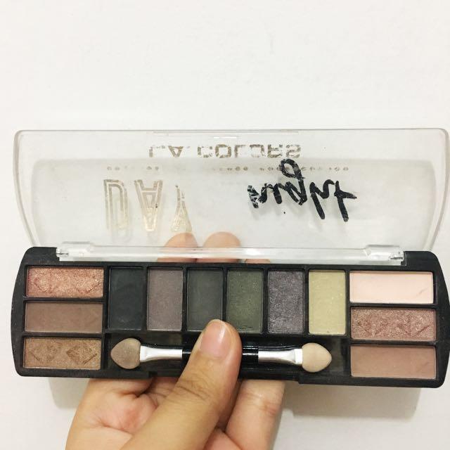 Eyeshadow la girls / la colour