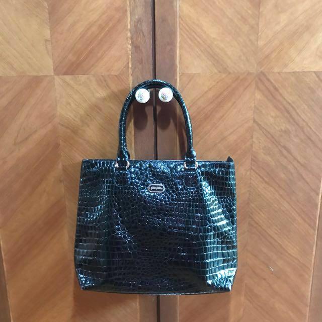 74fcc249ab4c Folli Follie Croc Bag Women S Fashion Bags Wallets On Carou