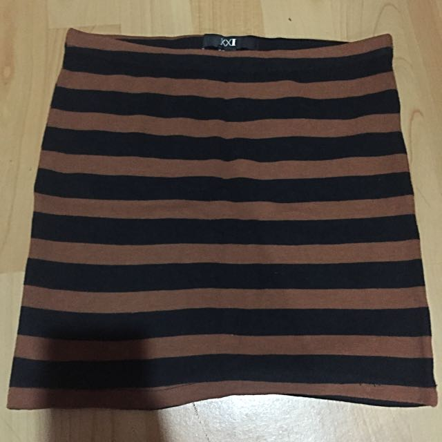 Forever 21 Bodycon Skirt (rok Forever21)