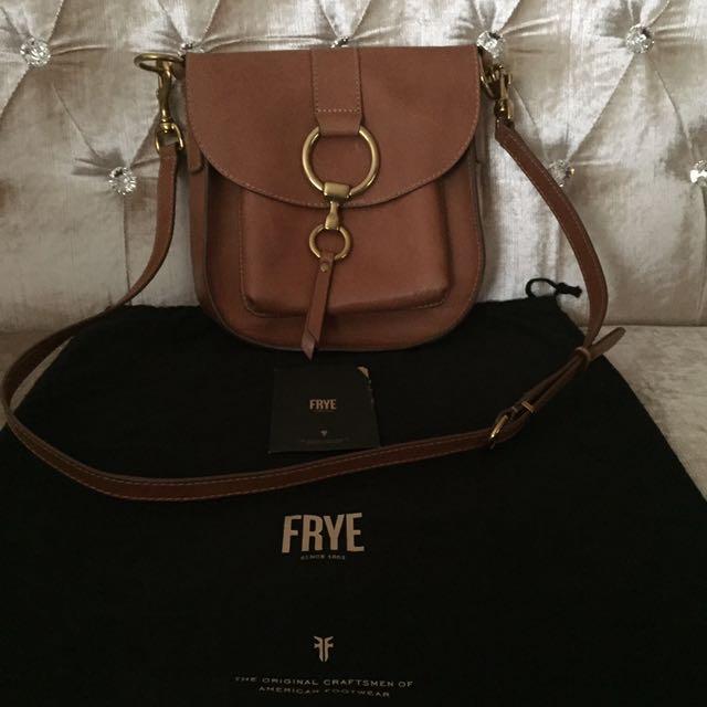 Frye Ilana Saddle Leather Saddle Bag