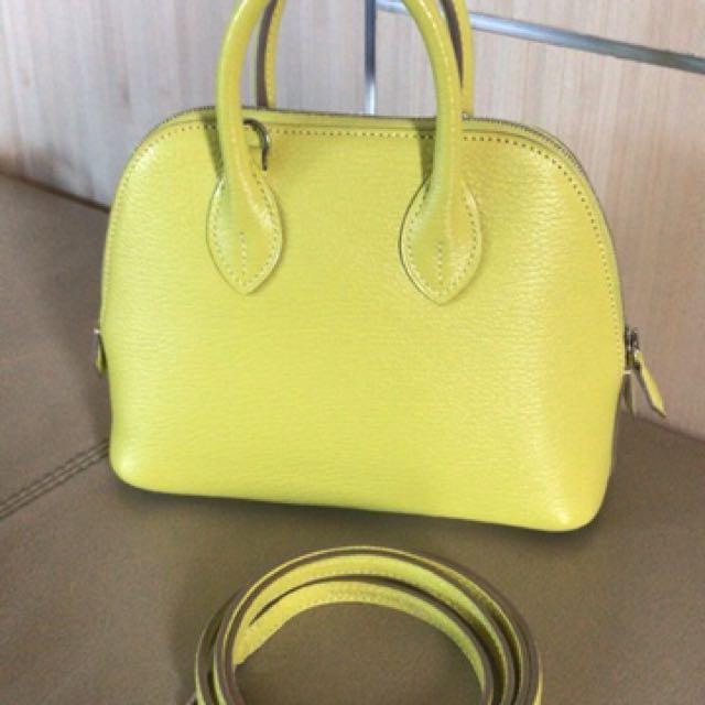 16f71e532b2c Hermès mini Bolide lime A Stamp