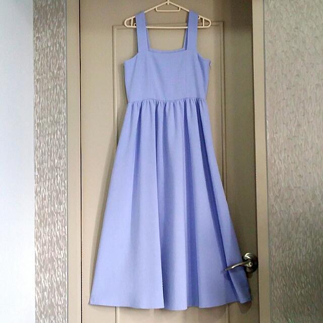 High-quality midi dress